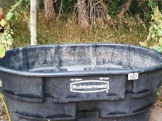 RUBBERMAID 150 GAl  WATER TROUGH