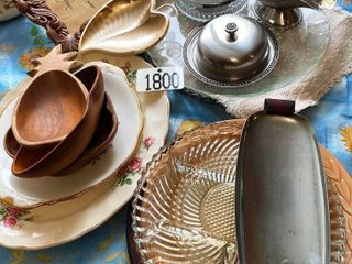 PlATTERS  PICKlE DISHES  GRAVY BOATS