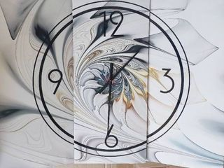 White Stained Glass Folded Art Wall Clock