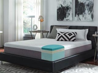 Slumber Solutions 12 inch Gel Memory Foam King Firm Mattress  Retail 539 99