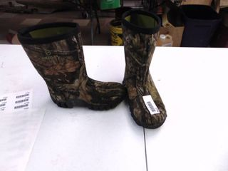 Magellan Insulated Muck Boots  Size 3 Youth