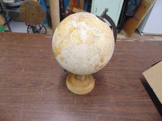 10  Globe