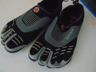Body Glove   Toed Water Shoes   Mens 9