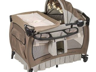 Baby Trend Deluxe Nursery Center   Full size  Retail 137 99