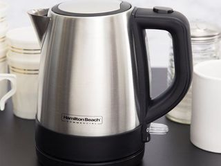 HamiltonBeach Commercial HKE 110 Stainless Steel Kettle 1 liter Capacity Retail   36 49