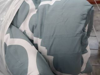 Comforter Size unknown