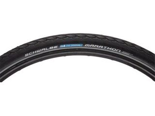 Schwalbe Marathon Tire  700x38 Wire Bead Black with Reflective Sidewall and GreenGuard Protection