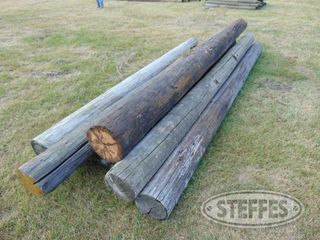 (8)-Wooden-fence-posts-_1.jpg