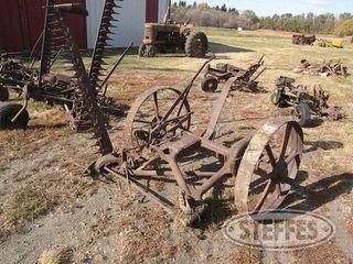 Horse-drawn-sickle-mower-_1.jpg