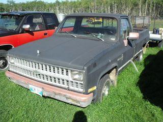 1982? Chev 6.2 Diesel, Auto, Nice Rims