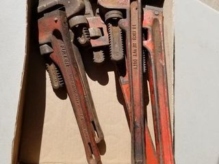 5 Heavy Duty Pipe Wrenches