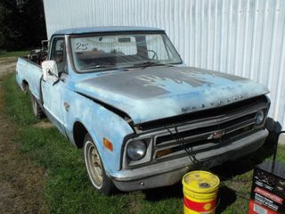 1968 Chevrolet Truck w/ Fuel Tanks