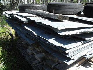 Lot of Galvanized Used Sheeting, 8'-12' Lengths