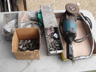 Makita Angle Grinder (working) & Misc Lot