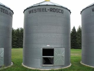 Westeel Rosco 1350 Bushell Steel Bin on Cement