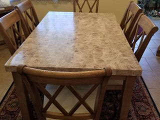 Dining room table and 6 chairs 30 x 60 x 38