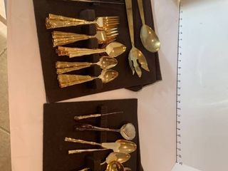 Gold toned silverware