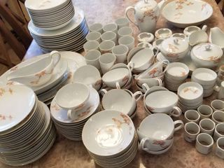 Arita Fukagawa Japan china 12 place setting 163 total pieces