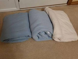 Blankets set of 3