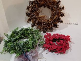 Set of three wreaths