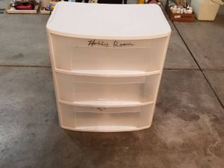Storage bin with 3 drawers