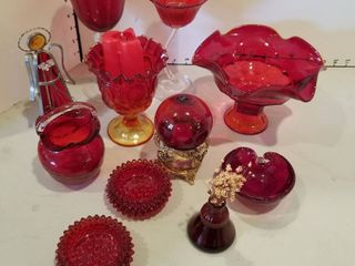 Red decor items