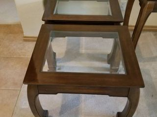 Thomasville end tables set of two 21 x 26 x 22