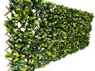 Greensmart Dekor Expandable Faux lemon leaf lattice Screen   Set of 2