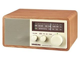 Sangean WR 11 Wood Cabinet AM FM Table Top Analog Radio