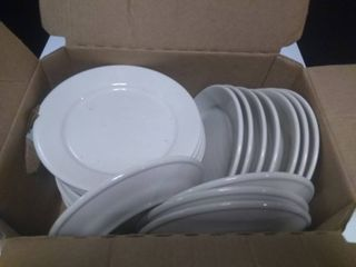 Box of Approx 24 Dinner Plates