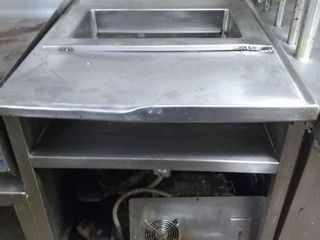 Stainless Steel Cooler Table Station