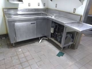 Stainless Steel Chilled Corner Prep Table