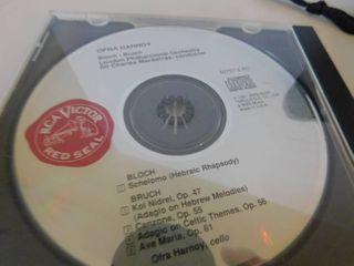 Case logic Holder   4 CDs