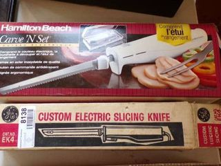 2 ElECTRIC KNIVES
