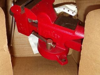 NEW FUllER BENCH VISE