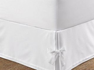Tailored Bedskirt with Corner Ties King