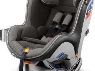 Chicco Nextfit Zip convertible car Seat    black an Grey