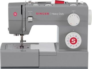 Singer Sewing 4432 Heavy Duty Extra High Speed Sewing Machine with Metal Frame and Stainless Steel Bedplate