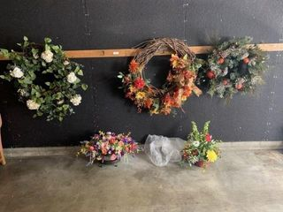 Wreaths, Planters, & Artificial Flowers