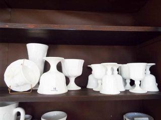 Milkglass Grape Design Goblets  vase et alIJ