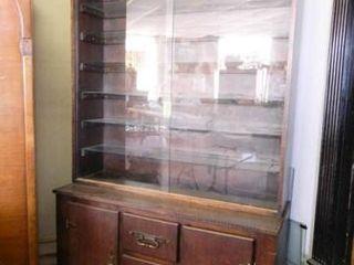 Display Cabinet w Storage