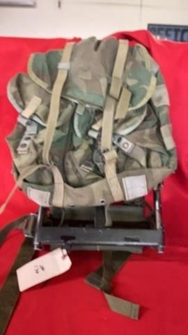 MIlITARY BACK PACK AND FRAME