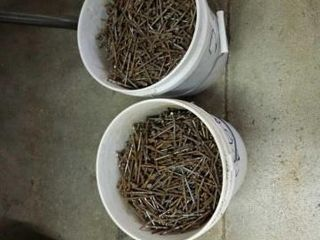 PAIlS OF RING SHANK NAIlS