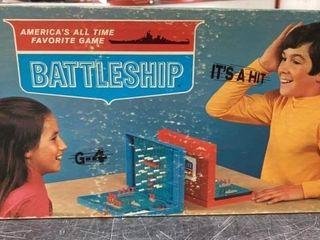 ORIGINAl 1960 S MIlTON BRADlEY BATTlESHIP GAME