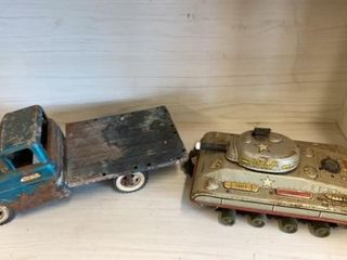 VINTAGE TONKA TRUCK AND US ARMY TANK