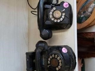 2 ROTARY DIAl TElEPHONES