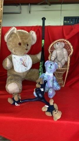 TEDDY BEARS AND A BAT