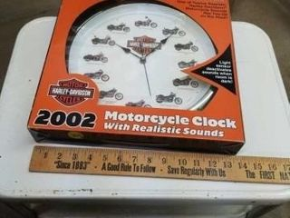 HARlEY DAVIDSON ClOCK WITH REAlISTIC SOUNDS