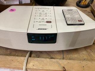 BOSE RADIO WITH REMOTE MODEl