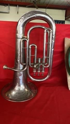 VINTAGE SIlVER BARITONE FROM COUFSNON AND CO